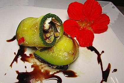 Eingelegte Zucchiniröllchen 11