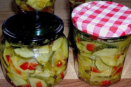 Zucchini, eingelegt