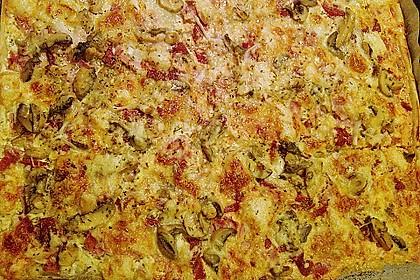Blätterteig - Pizza mit Sauerrahm 6