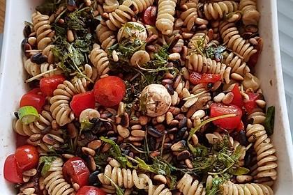 Nudelsalat mit Rucola und Pinienkernen in Balsamico - Dressing 1