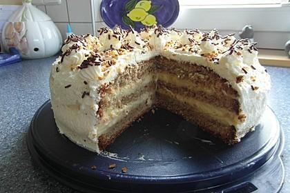 Nuss - Pudding Torte 3