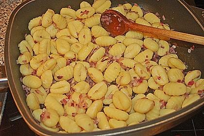 Gnocchi in Spinatkäsesoße 35