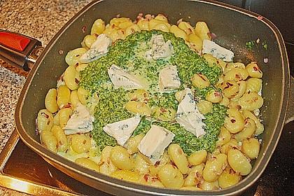 Gnocchi in Spinatkäsesoße 11