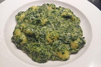 Gnocchi in Spinatkäsesoße 36