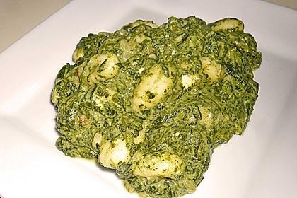 Gnocchi in Spinatkäsesoße 28