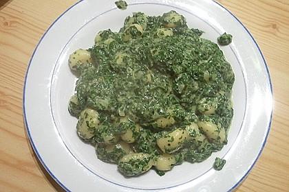 Gnocchi in Spinatkäsesoße 32
