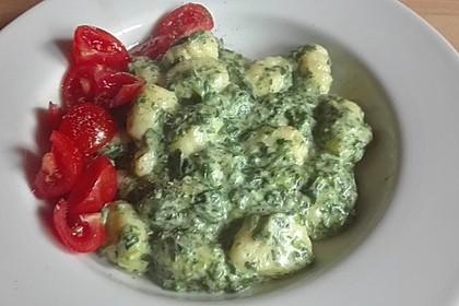 Gnocchi in Spinatkäsesoße 33