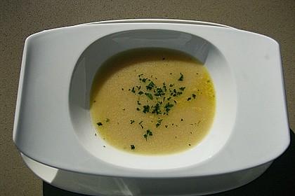 Gebrannte Grießsuppe 9