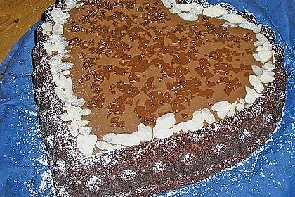 Schoko - Kirsch - Kuchen mit Mandeln 1