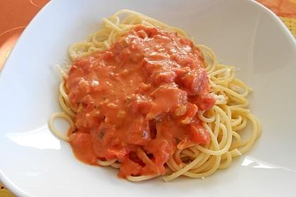 Einfache Tomaten - Sahne Sauce (Bild)