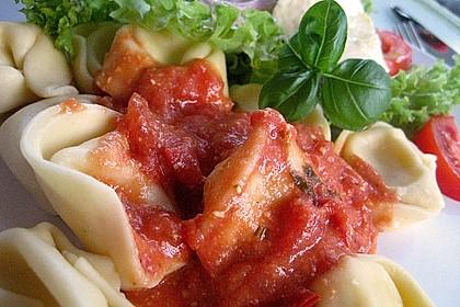 Einfache Tomaten - Sahne Sauce 6