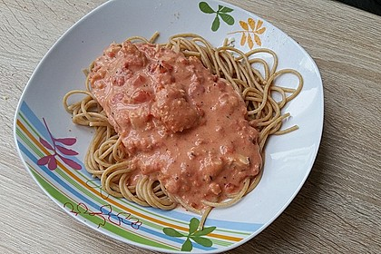 Einfache Tomaten - Sahne Sauce 1