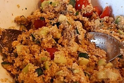 Couscous-Salat, lecker würzig 97