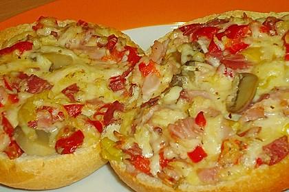 Schnelle Pizzabrötchen 2