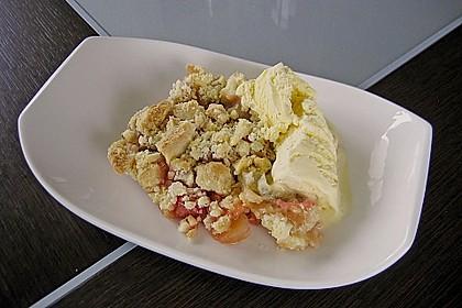 Rhubarb Crumble 3
