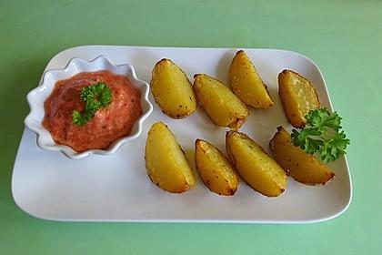 Röstkartoffeln mit Salsa - Dipp (Bild)