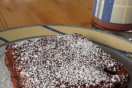 Rotweinkuchen mit Kirschen (Bild)