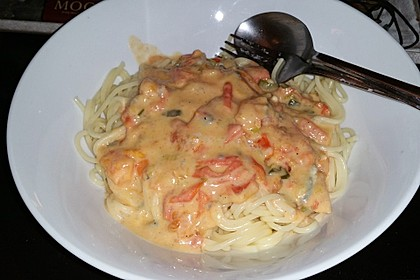 Bandnudeln mit Tomaten - Gorgonzola - Sauce 1