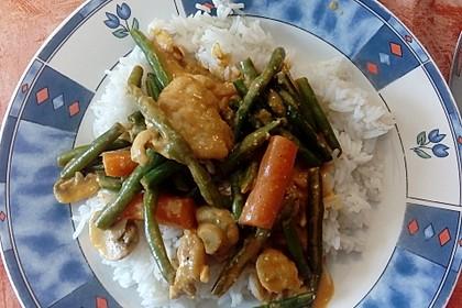 Thailändische Wokpfanne mit Kokosmilch 29