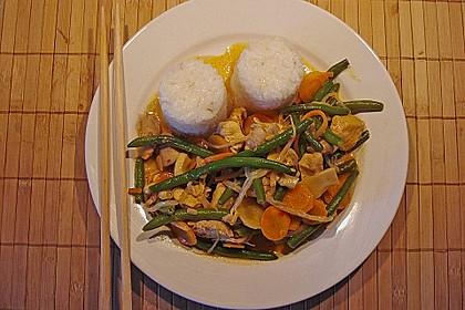 Thailändische Wokpfanne mit Kokosmilch 4