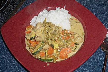 Thailändische Wokpfanne mit Kokosmilch 51