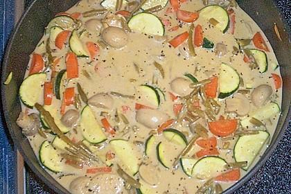 Thailändische Wokpfanne mit Kokosmilch 47