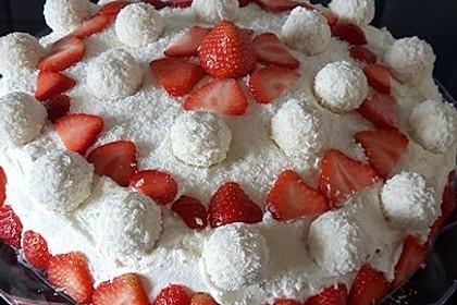 Erdbeer-Raffaello-Torte 172