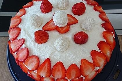 Erdbeer-Raffaello-Torte 116