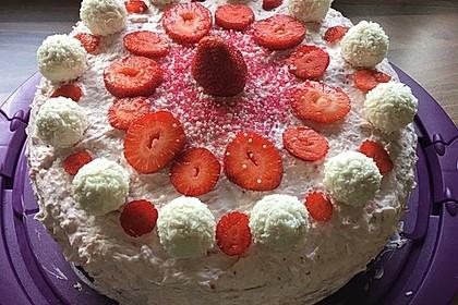 Erdbeer-Raffaello-Torte 109