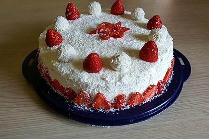 Erdbeer-Raffaello-Torte 115