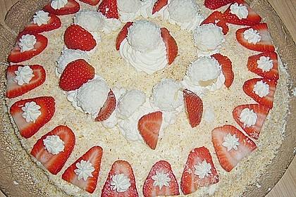 Erdbeer-Raffaello-Torte 193