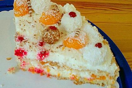 Erdbeer-Raffaello-Torte 255