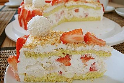 Erdbeer-Raffaello-Torte 18