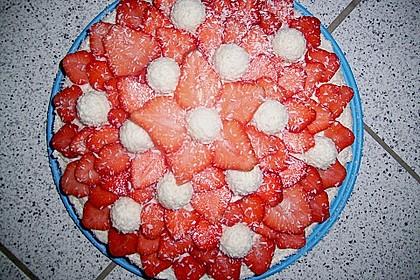 Erdbeer-Raffaello-Torte 126