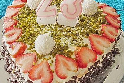 Erdbeer-Raffaello-Torte 121