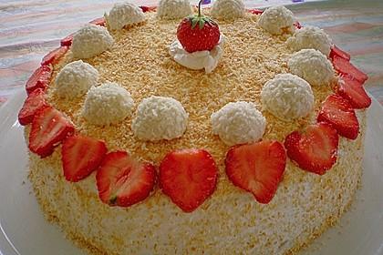 Erdbeer-Raffaello-Torte 47