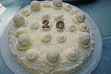 Erdbeer-Raffaello-Torte 148
