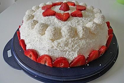 Erdbeer-Raffaello-Torte 87