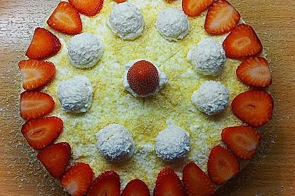 Erdbeer-Raffaello-Torte 174
