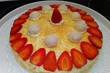 Erdbeer-Raffaello-Torte 212