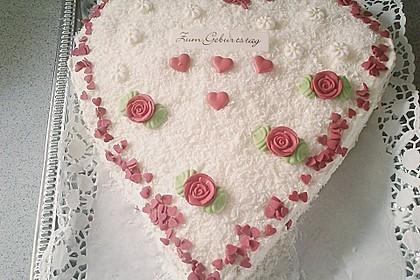 Erdbeer-Raffaello-Torte 141