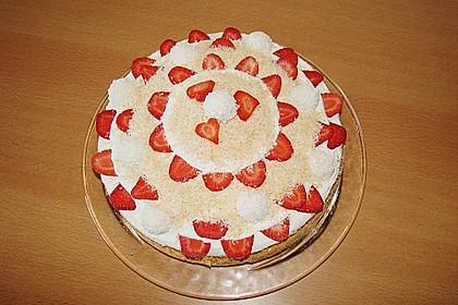 Erdbeer-Raffaello-Torte 89