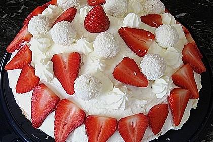 Erdbeer-Raffaello-Torte 134
