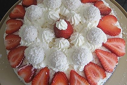 Erdbeer-Raffaello-Torte 95