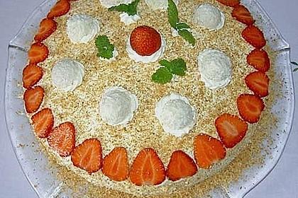 Erdbeer-Raffaello-Torte 224