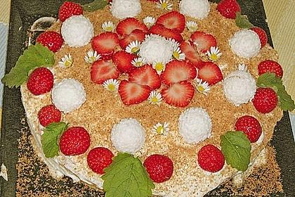 Erdbeer-Raffaello-Torte 65