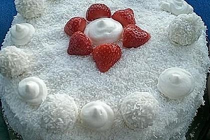 Erdbeer-Raffaello-Torte 122
