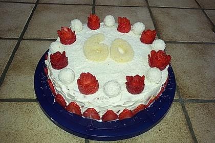 Erdbeer-Raffaello-Torte 62