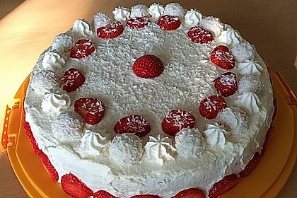 Erdbeer-Raffaello-Torte 106