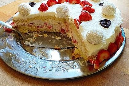 Erdbeer-Raffaello-Torte 84